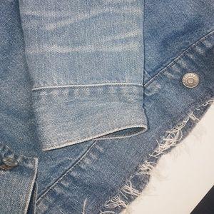 Madewell Jackets & Coats - 💝HP💝 Madewell denim jacket sweet n' wild